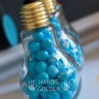 Новогодняя игрушка из лампочки своими руками
