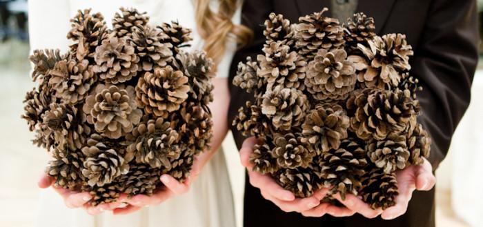 Букет из шишек - зимняя свадьба